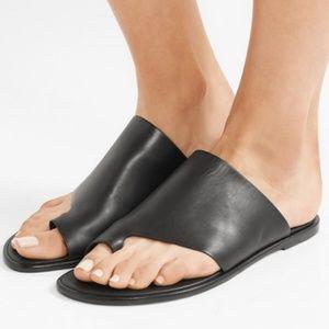 NWT Vince - Edris Sandals - Black Leather - 9M